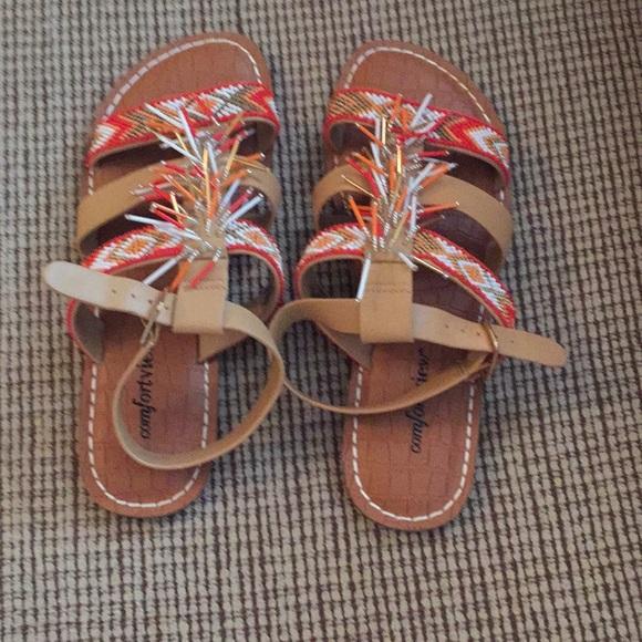 f5e11c587 comfortview Shoes - Ladies chevron sandals